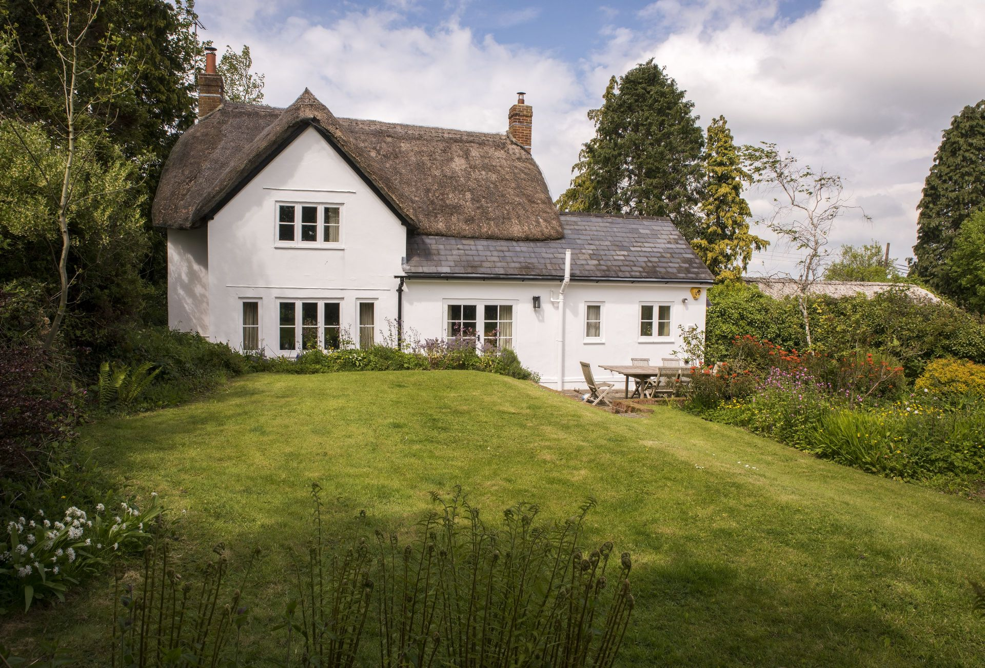 Click here for more about Benville Cottage