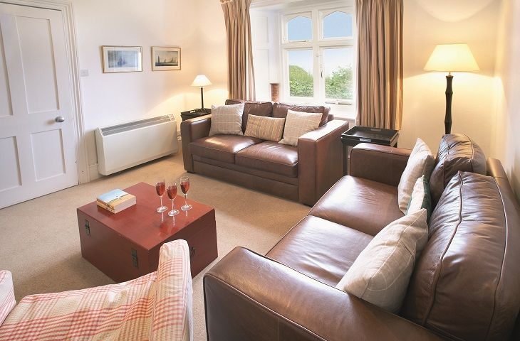 Gurnard Cottage is located in Yarmouth and surrounding villages