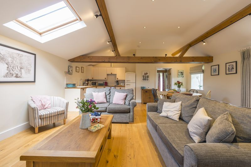 Chestnut Cottage is located in Yarmouth and surrounding villages