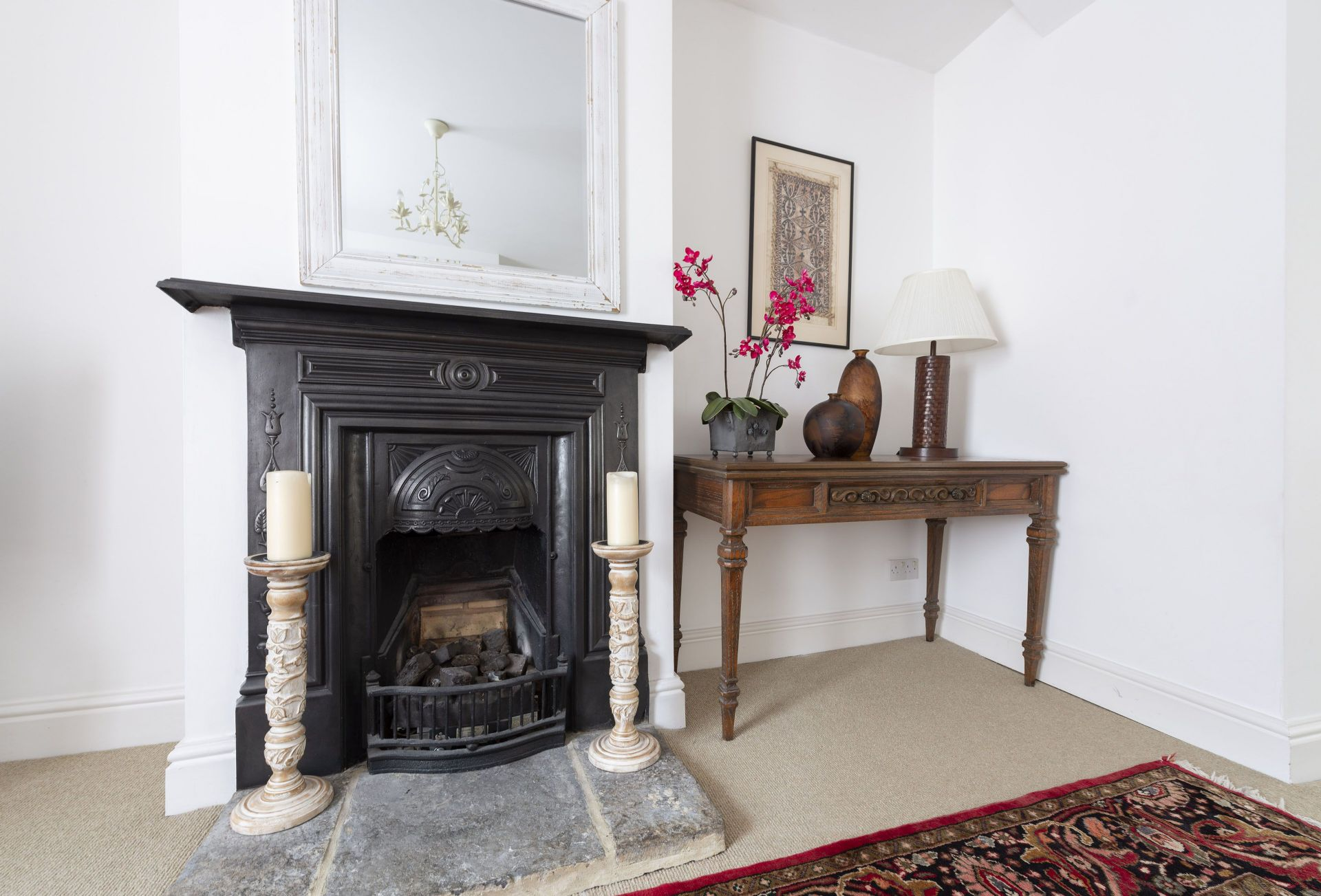 The Apartment at No.52 is located in Sherborne and surrounding villages