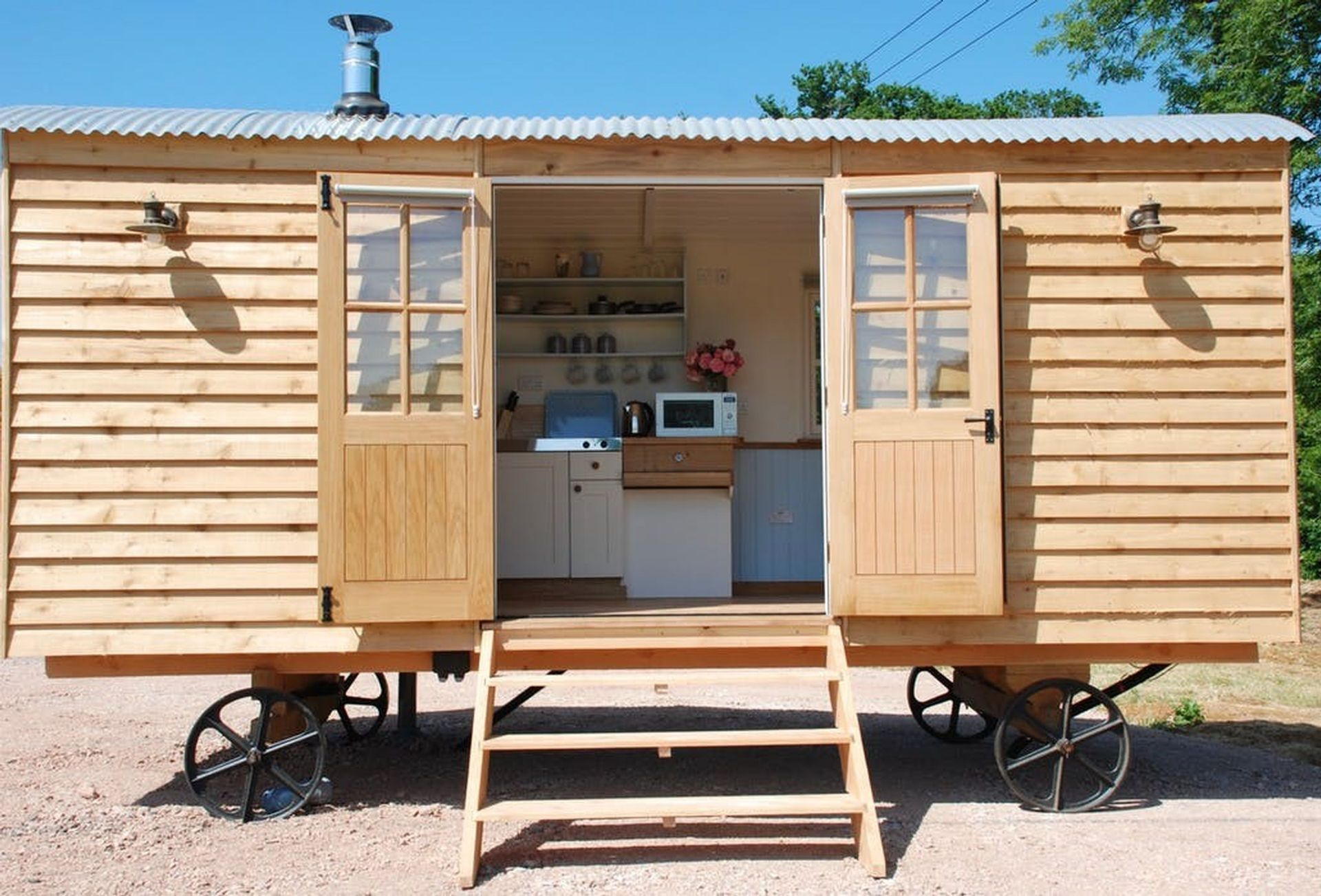 Click here for more about Apple the shepherd's hut