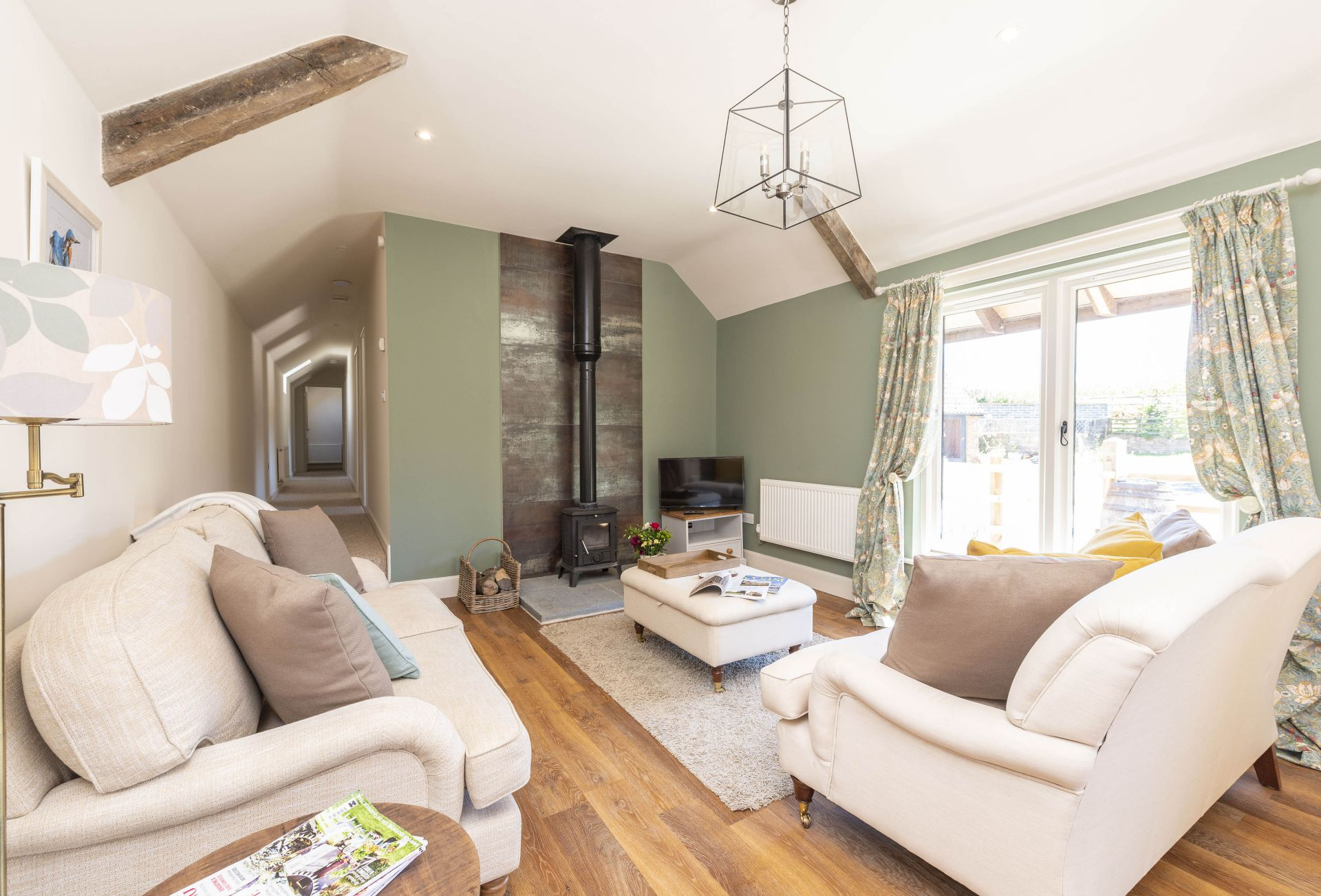 Park Farm Byre is located in Dorchester and surrounding villages