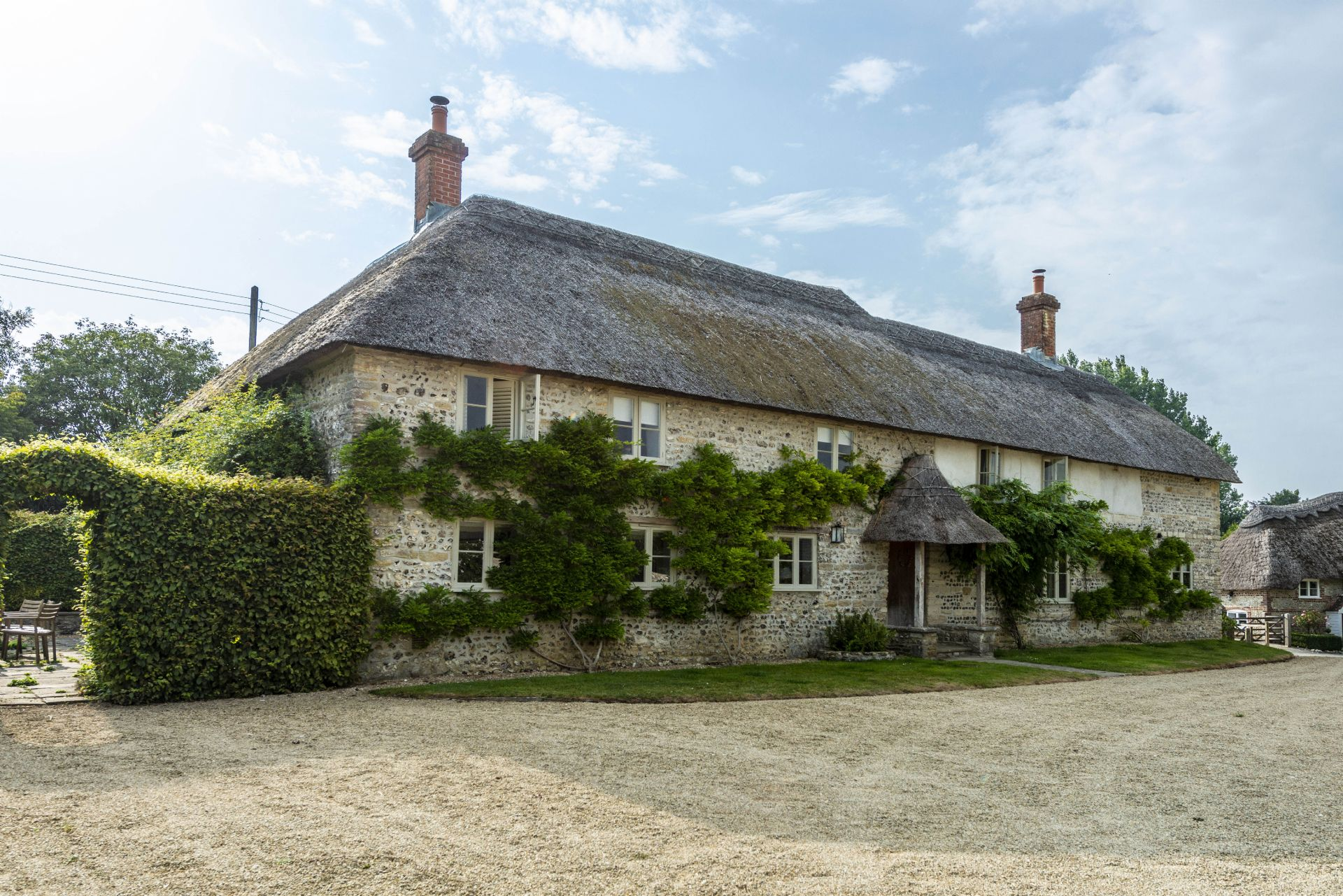 Click here for more about Manor Farmhouse