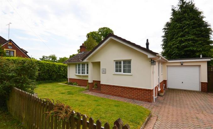 Click here for more about 4 Copse Road