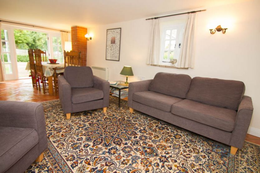 Garden Cottage is located in Ringstead