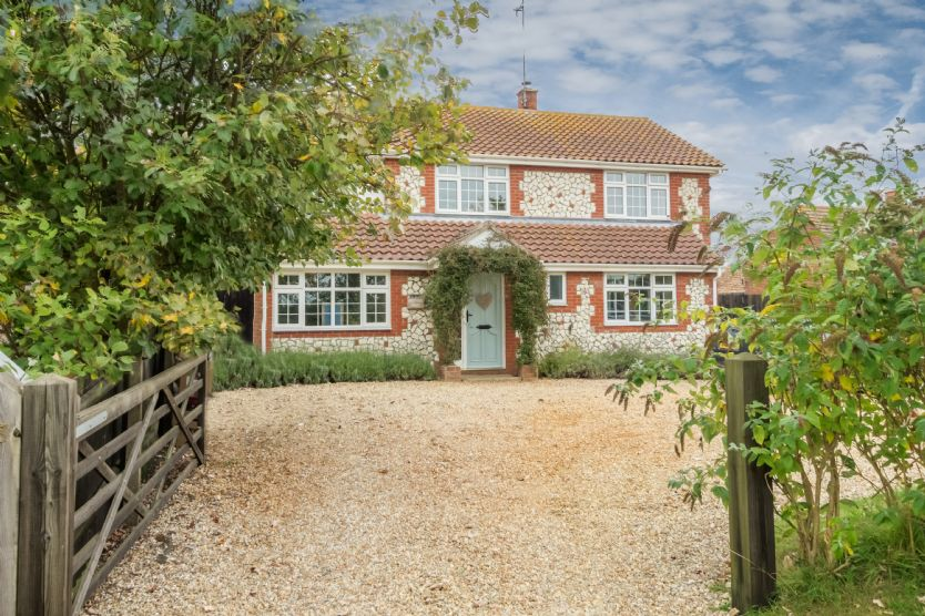 The Potting Shed (6) is located in Ringstead