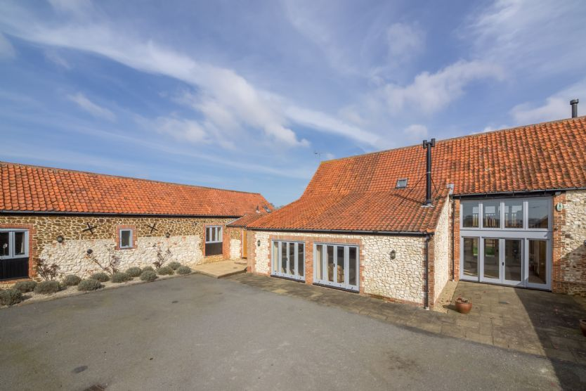 Click here for more about Geddings Farm Barn