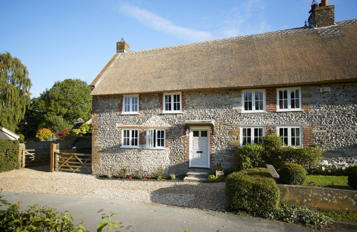 Click here for more about Coombe Cottage
