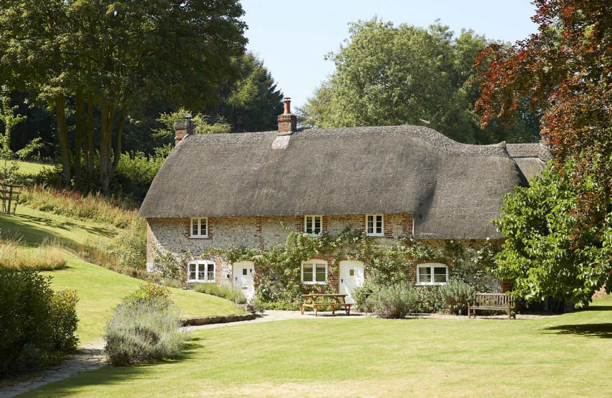 Click here for more about Magna Cottage