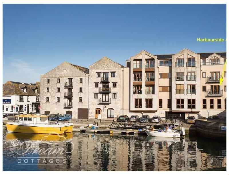 Click here for more about Harbourside Apartment