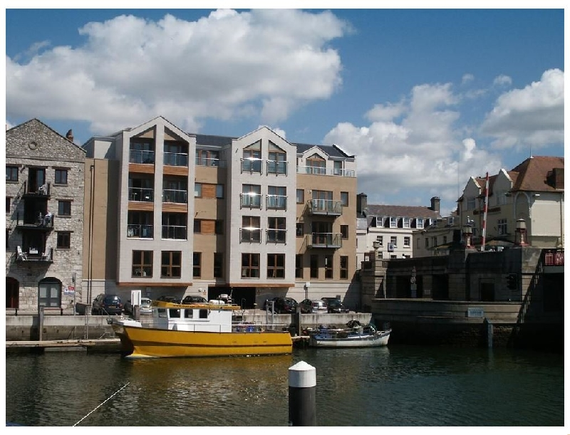 Click here for more about Townbridge Apartment