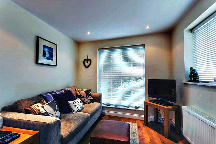 Click here for more about Silver Street Cottage